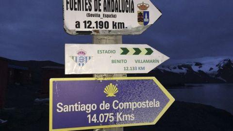 El Camino Blanco une la Antártida con Santiago de Compostela es la Ruta Jacobea más larga con 14.075 kilómetros.