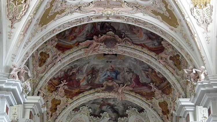 Detalle del techo del templo, Abadías Italianas - Crédito: Mattis Wikimedia Commons