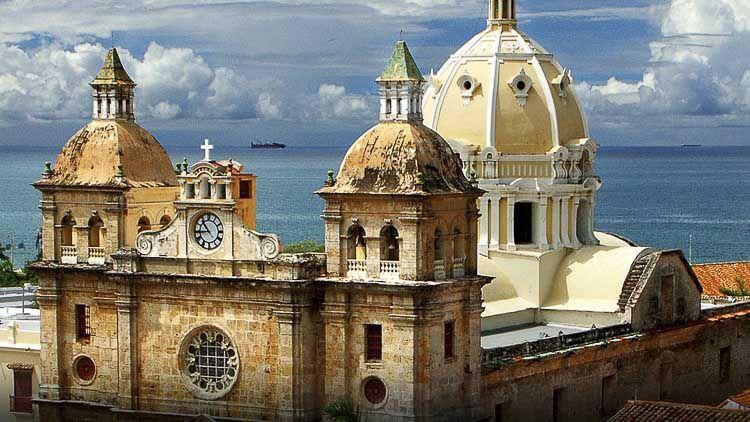 Vista Aerea del Santuario SAn Pedro Claver en Cartagena colombia