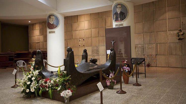Mausoleo de San Oscar Arnulfo Romero - Crédito @LaFaSv
