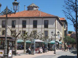Ribadesella, Plaza Nueva