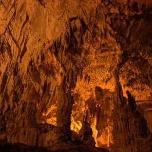 La Cuevona de Cuevas, Ribadesella