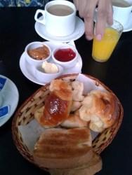 Turistandoin Uruguai Colonia del Sacramento hostel cafe 188x250 O que ver em Colonia del Sacramento no Uruguai