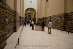 Pergamon 26dic2015 48 300x200 Museumsinsel, a Ilha dos Museus de Berlim