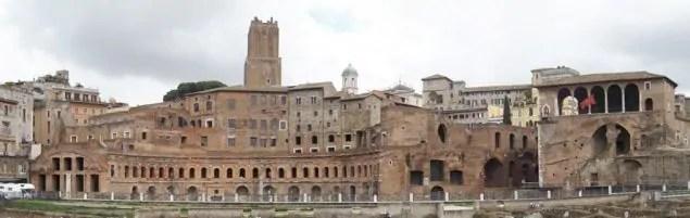 roma antiga mercato di traiano e1510439498632 Os 20 mais importantes pontos turísticos em Roma