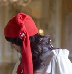 6 d FOCUS TEMATICI Simboli Berretto frigio 2 e1493415035438 242x250 O carnaval histórico de Ivrea, na Itália.