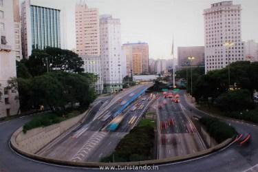 Turistandoin Brasil Sao Paulo vale do cha 2 450x300 Quais os melhores lugares e ruas para se hospedar no centro de São Paulo