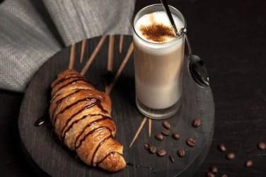breakfast 2178268 640 376x250 Italiano para Viagem: O café da manhã na Itália
