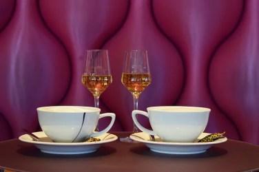 cup 3158274 640 376x250 Italiano para Viagem: As etapas de uma refeição italiana (almoço e janta)