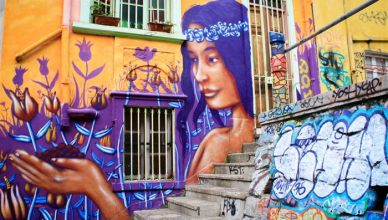 Bate e Volta de Santiago: Arte de rua em Valparaiso