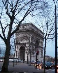 Paris 3fev08 Arc deTriomphe 00 2 e1531883980271 199x250 36 atrações imperdíveis em Paris (Super guia com mapa)