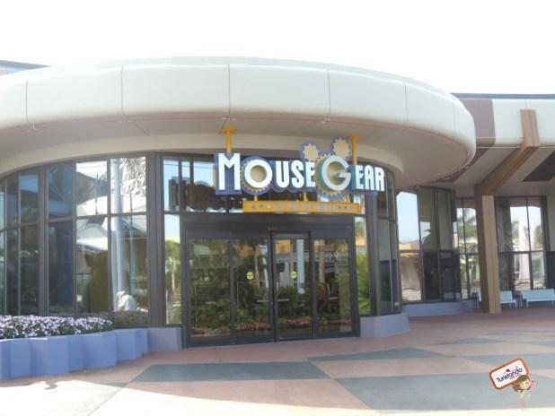 A Mouse Gear, maior loja de artigos da Disney.