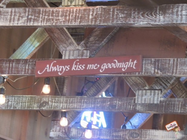 Frases do Forest Gum no restaurante Bubba Gump