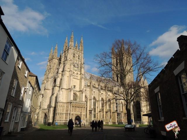 A potente catedral de Canterbury, por dentro é mais linda ainda!