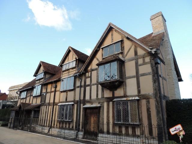 Fachada da casa de Shakespeare