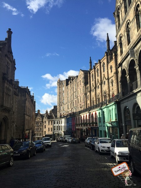 Essa é a Victoria Street