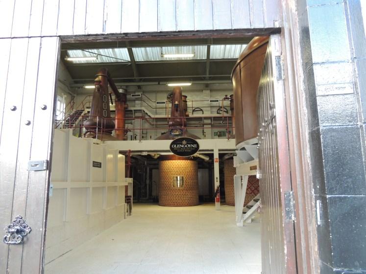 Por dentro da fábrica