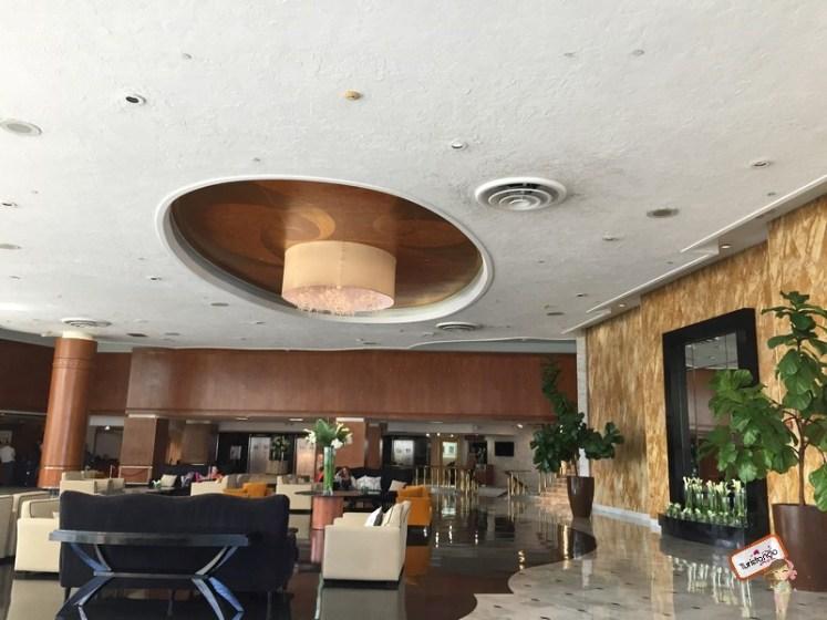 Recepção do Deauville Beach Resort em Miami Beach