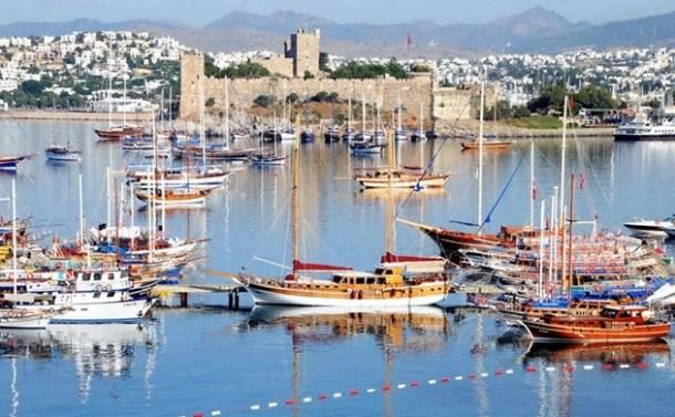 Tekne Krizinde Türkiye-Yunanistan Bakanları Bir Araya Gelecek