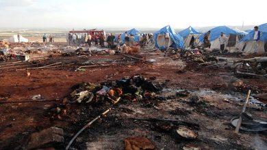 Photo of قصف على مخيم للنازحين في سوريا يوقع 28 قتيلاً ويثير استياء المجتمع الدولي