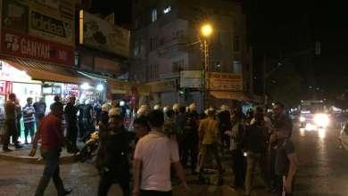 Photo of إصابة أشخاص سوريين و تكسير العديد من محلاتهم بعد حادثة أمس في غازي عنتاب