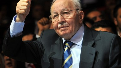 Photo of في ذكرى وفاته الـ 9.. أردوغان يذكر مناقب معلمه أربكان
