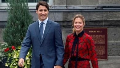 "Photo of رئيس وزراء كندا يفرض على نفسه حجرا صحيا إثر إصابة زوجته بـ""كورونا"""