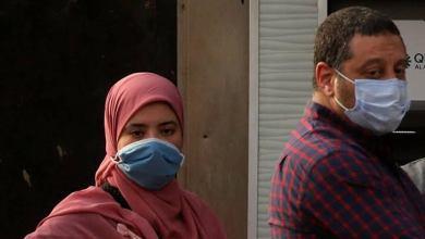 Photo of مصري يلقي زوجته من الطابق الخامس بعد اكتشافه إصابتها بكورونا