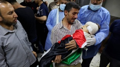 Photo of 13 شهيدا بينهم 8 أطفال وسيدتان في غارات على غزة
