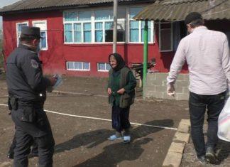 Cəlilabad polisi daha 30 ailəyə ərzaq bağlamaları və tibbi maska paylayıb