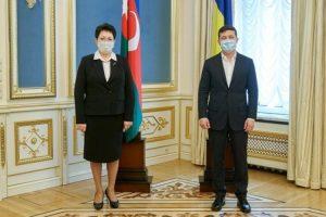 Elmira Axundova və Vladimir Zelenski