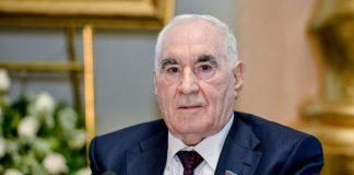 Azərbaycan Ağsaqqallar Şurasının sədri, deputat, parlamentin Hesablayıcı komissiyasının sədri Fəttah Heydərov