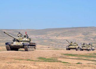Tank bölmələrinin intensiv döyüş hazırlığı məşğələləri keçirilir