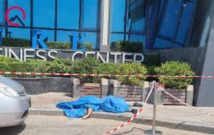 """""""Azure"""" biznes mərkəzində intihar"""
