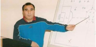 """""""Neftçi"""" klubunun veteran futbolçusuSəmədağa Şıxlarov"""