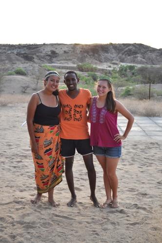 *Akreísma* (Carolina, Abdi and Kailie)