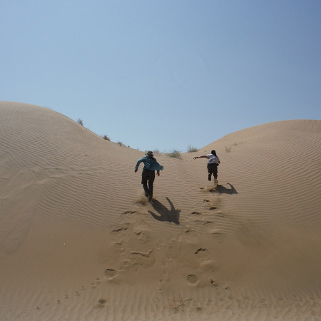 Page and Jayde race up the sand dune. That was tiring!