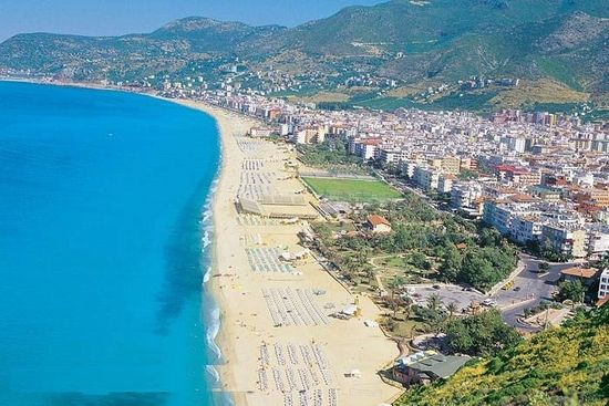 7 Best Kleopatra Beaches In Alanya For Sun, Sea, And Sand