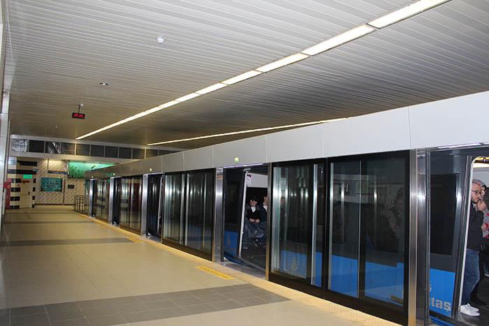 صورة مترو اسطنبول تركيا