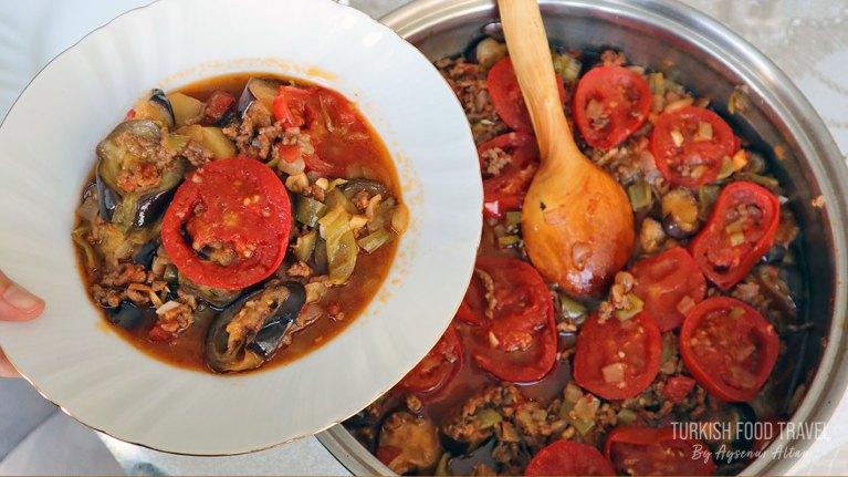 "Turkish Eggplant Moussaka ""Patlıcan Oturtma"""