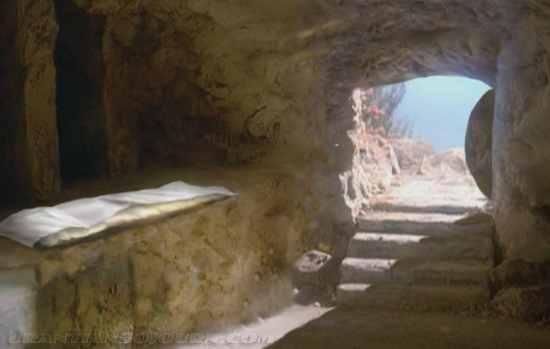 https://i0.wp.com/www.turnbacktogod.com/wp-content/uploads/2012/04/Empty-Tomb-Picture-07.jpg?resize=550%2C349