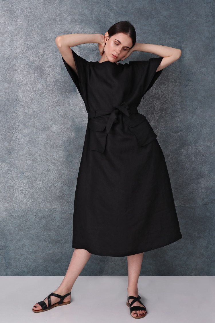 Black Kimono Sleeved Linen Dress