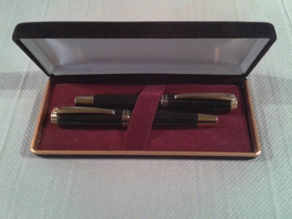 Acrylic pen set