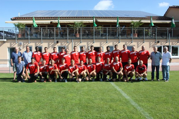 Dem Team von US (Union sportive) Niederbronn-les-Bains galt im TuS-Sportpark ein herzliches Willkommen der Gemeinde- und Vereinsvertreter