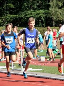Jonah beim 800 m Lauf