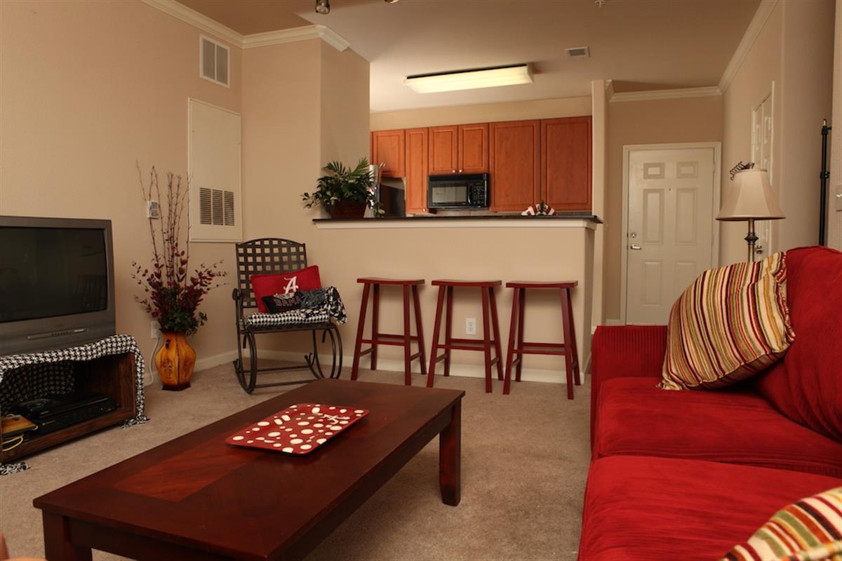 3 Bedrooms Apartments
