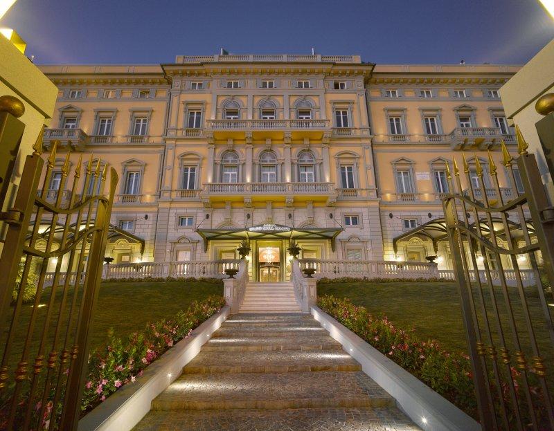 Grand Hotel Palazzo Livorno  Hotel 5 stelle Livorno
