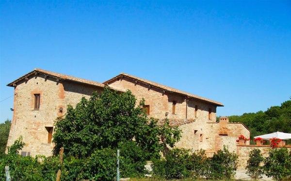 Farm holiday in Tuscany historic farmhouses in Chianti