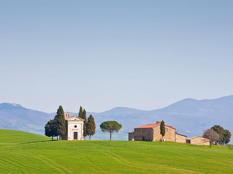 Cappella di Vitaleta in Val d'orcia, Tuscany