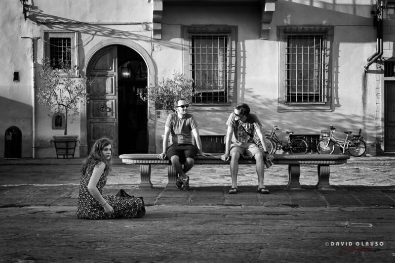 Ragazzi su una panchina di Santa Croce By David Glauso